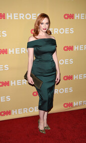 christina hendricks,green dress,zac posen,off the shoulder dress