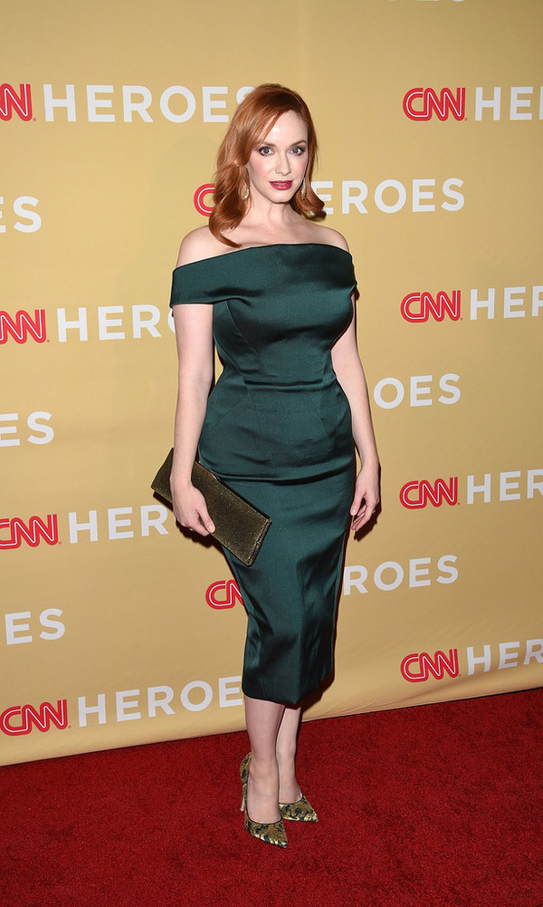christina hendricks green dress zac posen off the shoulder dress