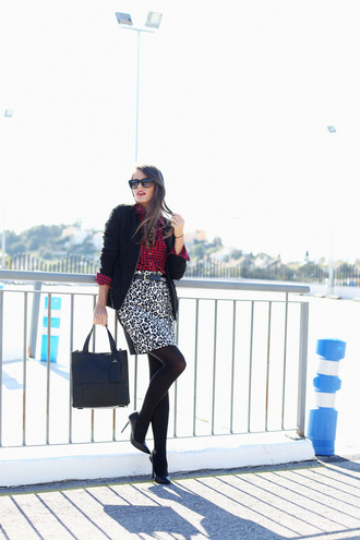 seams for a desire blogger shirt skirt bag sunglasses leopard print blazer black heels