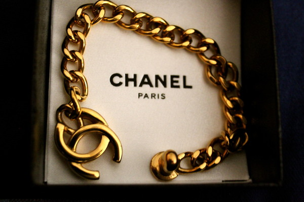jewels bracelets chanel gold pretty cute