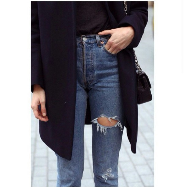 Jeans high waisted jeans mom jeans ripped jeans tumblr outfit purse shirt style stylish ...