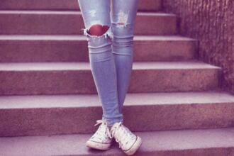jeans girl converse fashion clothes cute beautiful summer pants skinny vintage skinny jeans ripped jeans ripped skinny jeans
