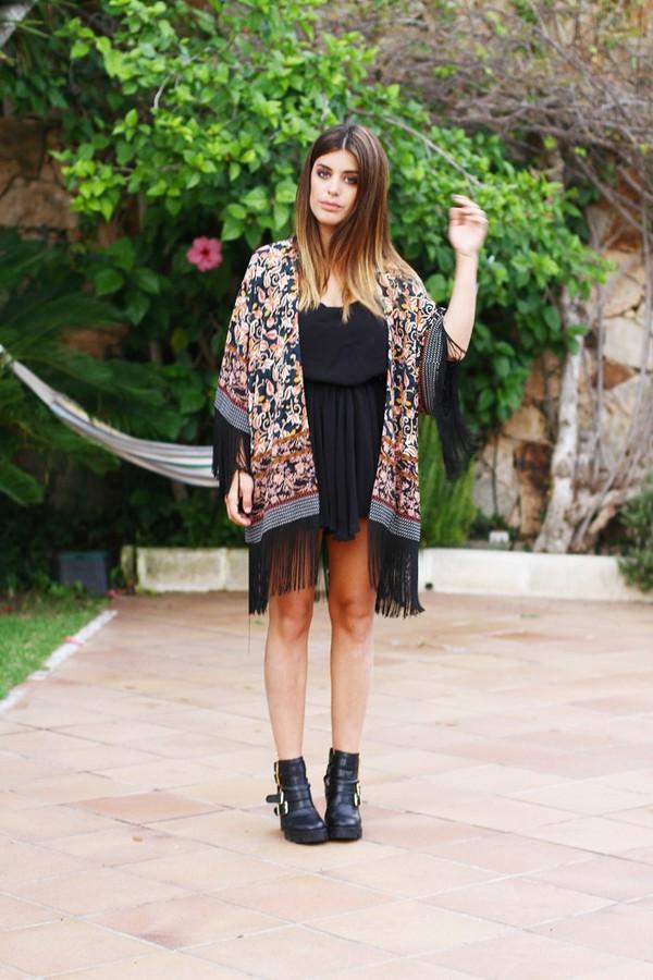 dulceida blogger shoes kimono floral