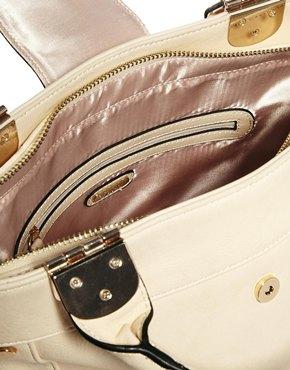 Faith | Faith Minimal Bucket Tote Bag at ASOS