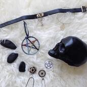 jewels,choker necklace,witchcraft,pentagram,skull,black,goth,pastel goth,punk,dark