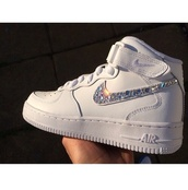 shoes,nike running shoes,nike shoes,sneakers,nike,nike sneakers,nike air force 1,white,diamonds,crystal,white sneakers