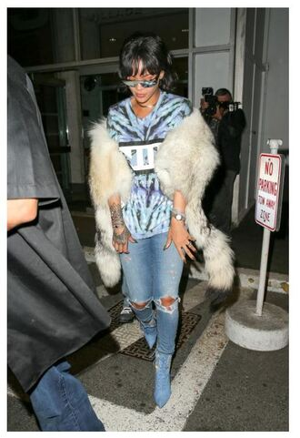 coat top fur rihanna fur coat jeans t-shirt boots ankle boots sunglasses shoes
