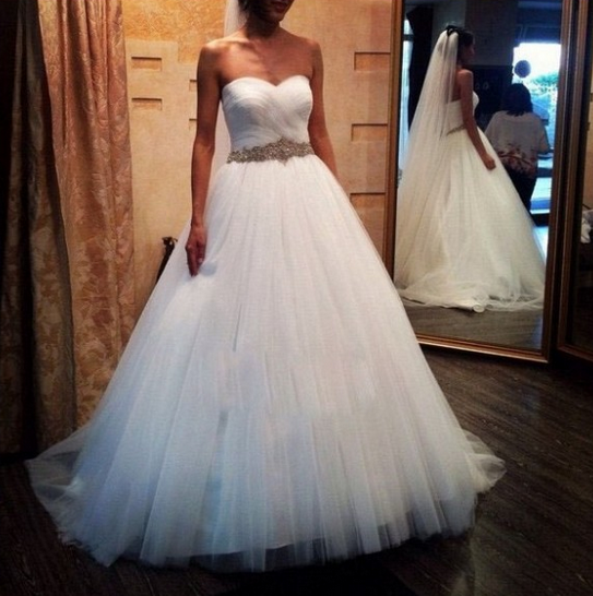 Line sweetheart ruched tulle bridal dress