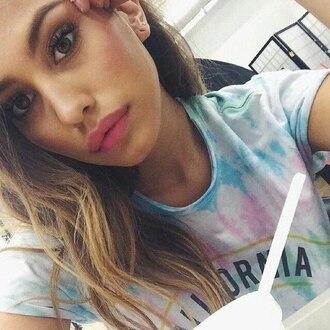 t-shirt lipstick model white t-shirt california tie-dye