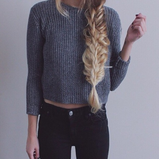 top grey cropped sweater cropped sweater grey grey sweater three-quarter sleeves blonde hair black jeans