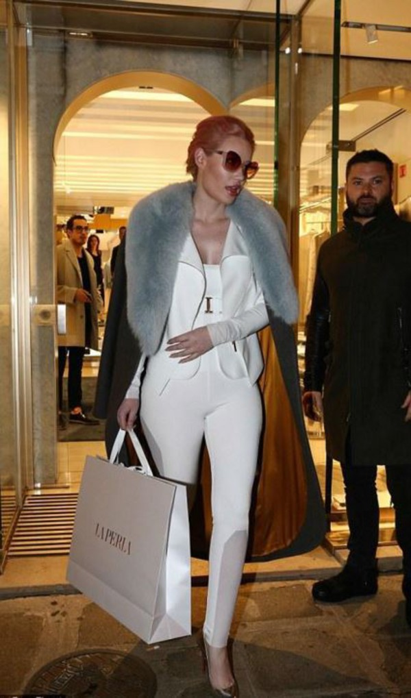 Top White White Top Bodysuit Iggy Azalea Fashion Week 2016 Streetstyle Fur Coat Wheretoget