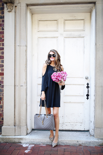 southern curls and pearls blogger dress bag jewels sunglasses make-up blue dress navy navy dress statement necklace mini dress grey bag yves saint laurent flats