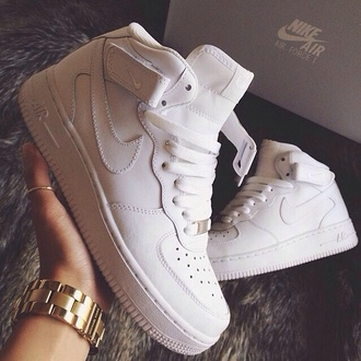shoes clothes trendy withe nike air force 1 white nike air force colorful style nike air nike sneakers nike aire force white nike force nike high tops nikes beautiful nike shoes nike running shoes