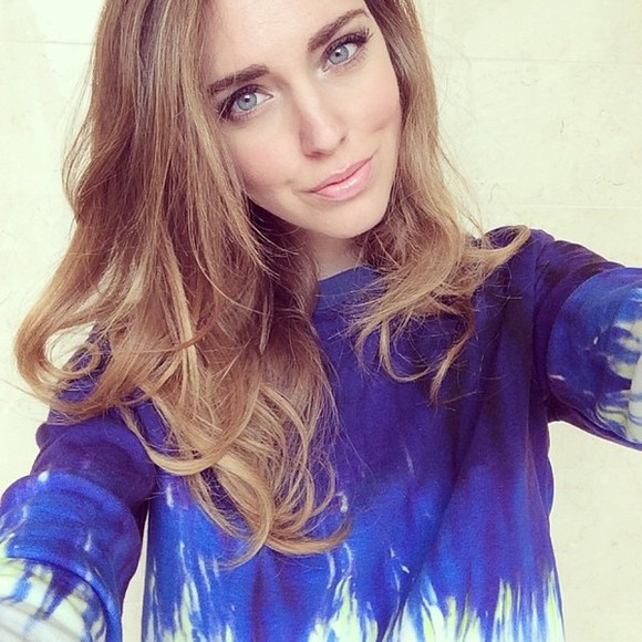 shirt cute chiara ferragni blonde salad blonde hair dip dye long sleeve blue white dye blue eyes amazing