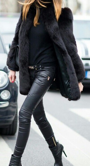 jeans fashion jacket streetstyle fur coat glamour boots