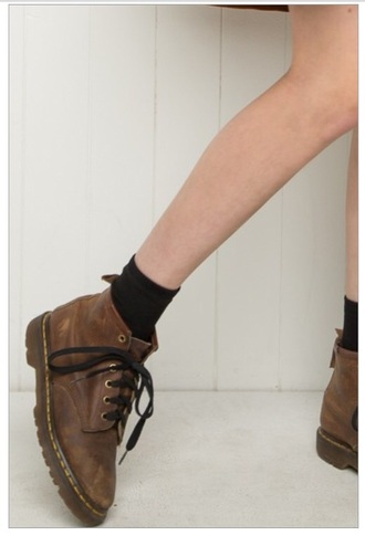 shoes boots drmartens brown