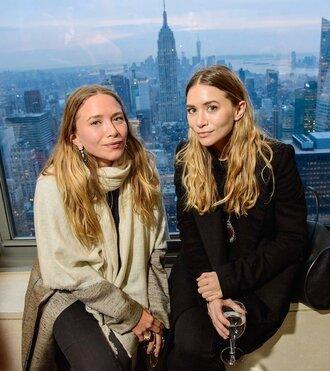 olsen sisters blogger scarf coat leggings jeans