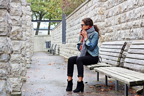 fashionhippieloves blogger jacket blouse jeans scarf