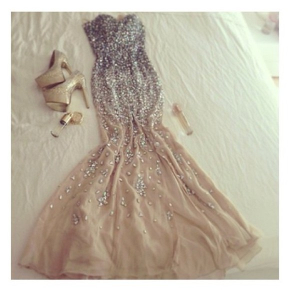 silver nude prom clutch high heels fish tail sequins sparkle strapless glamorous gown ballroom fancy badass bling girl showstopper dress beige sequin dress beautiful prom dress beaded, champagne, dress, gold, backless long prom dresses fashion