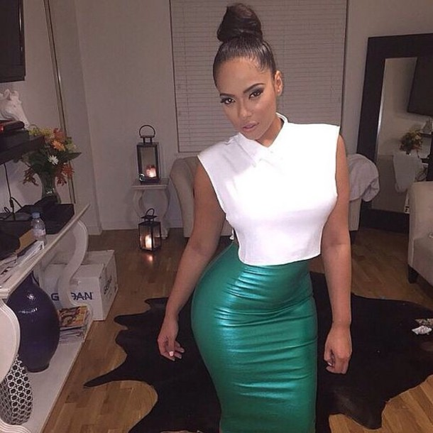 skirt green leather