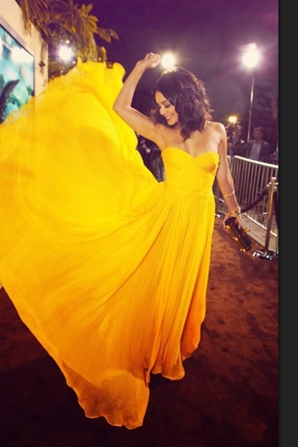 dress vanessa hudgens yellow dress prom dress beautiful maxi dress long long dress long prom dress celebrity style fashion hot classy
