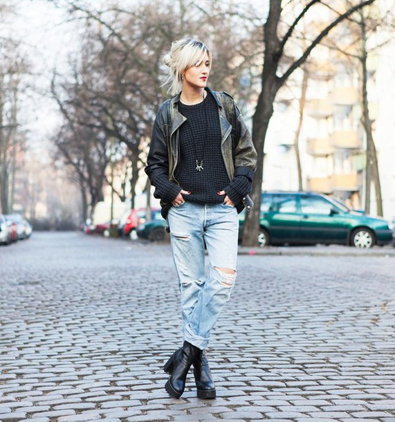 mikuta now blogger rock leather jacket ripped jeans chunky boots black sweater