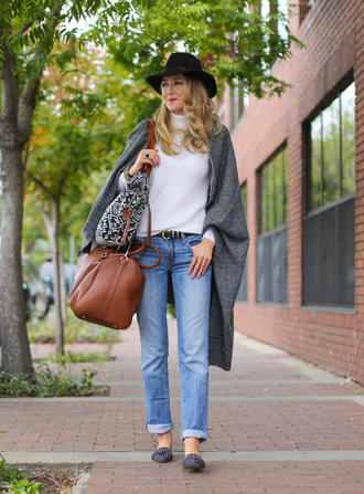 the classy cubicle blogger bag jeans jewels blanket scarf tribal pattern leather bag ballet flats fall outfits
