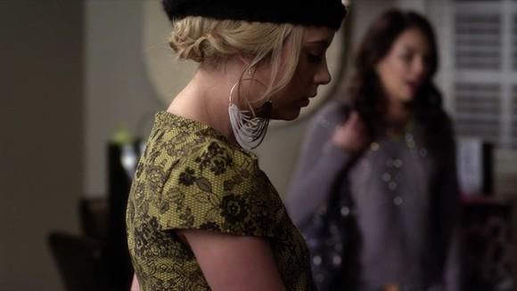 jewels earrings gold black white pretty little liars