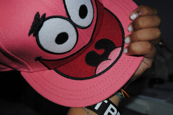 cap pink hat sponge bob patrick mouth eyes