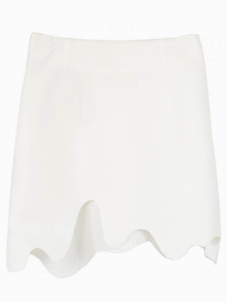 Asymmetry white skirt