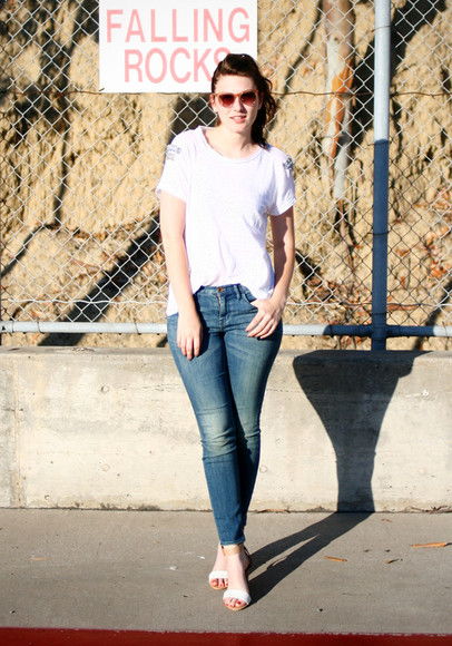these days t-shirt jeans shoes sunglasses