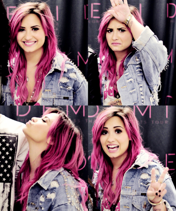 Demi lovato neon lights tour meet and greet