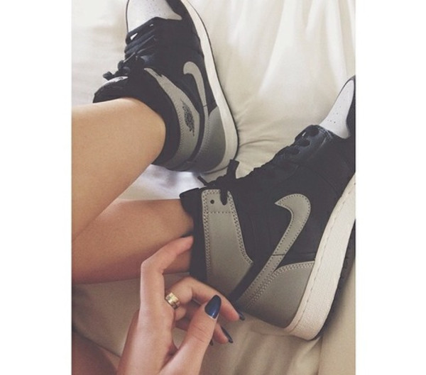 shoes nike high like tumblr weheartit white grey black amazing swag style sneakers