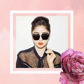 chic muse sunglasses blogger