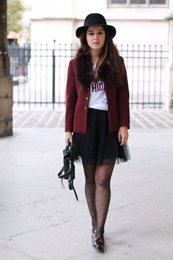 elodie in paris blogger jacket t-shirt top tights bag