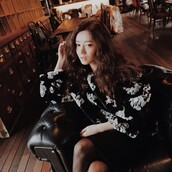 sweater,black and white,print,floral,pullover,stylenanda,skirt