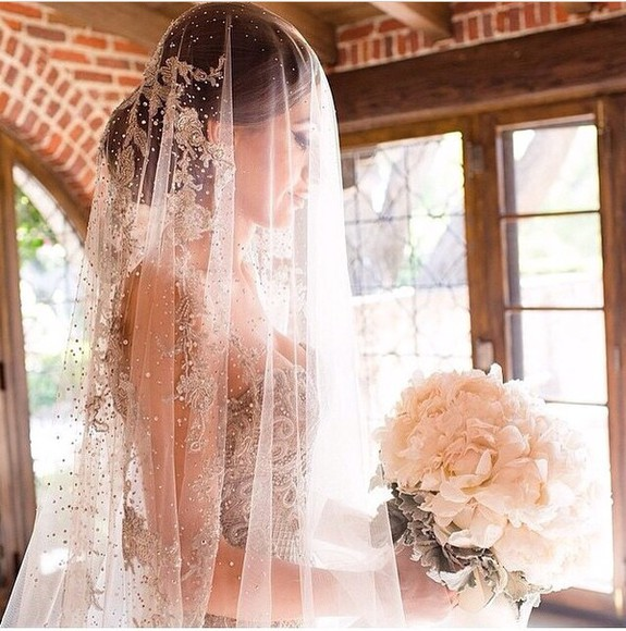 wedding dress veil hat