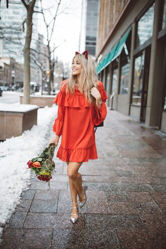 dress date outfit tumblr orange orange dress long sleeves long sleeve dress ruffle dress ruffle blonde hair long hair date dress mini dress shoes mid heel pumps silver silver shoes metallic metallic shoes pointed toe flowers