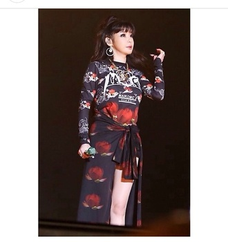 park bom black sweater print rose flowers black print red roses red flowers skirt black cardigan skirts and tops cardigan