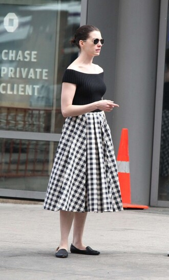 skirt top midi skirt crop tops anne hathaway