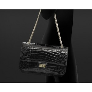Chanel a37590 y03587 94305 classic shiny veines alligator sacs