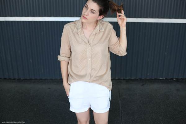 vienna wedekind shirt shorts nude white shorts