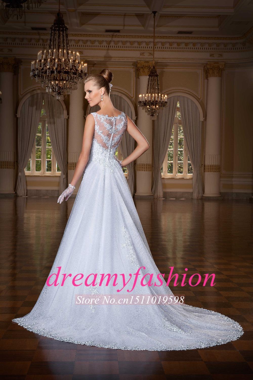 5b0ad7946915 Designer Short White Wedding Dresses - raveitsafe