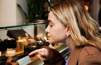coat jewels blogger earrings olsen sisters