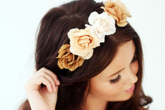 hair accessory flower crown crown flowers off-white light brown