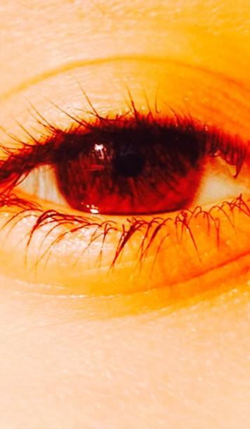 make-up my eyes ;)