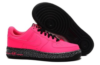shoes pink & black nike air shoes
