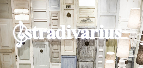Stradivarius Botins sola moda