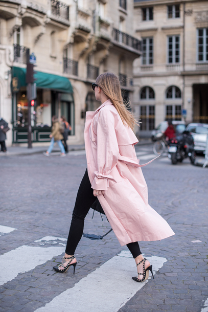 8a5943ac2be coat tumblr pink coat oversized oversized coat jeans black jeans black  skinny jeans skinny jeans sandals