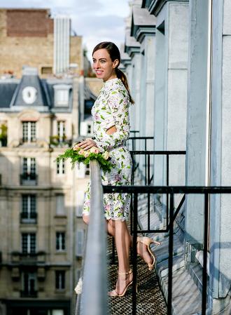 sydne summer's fashion reviews & style tips blogger dress jewels shoes floral dress spring dress sandals high heel sandals